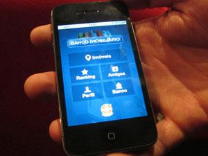 Banco Imobiliário Geo por enquanto estará disponível apenas para iPhone ( Foto: Gabriela Gasparin/G1)